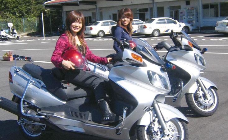 カーアカデミー那須高原の安心、格安、丁寧な予約は運転免許受付センター