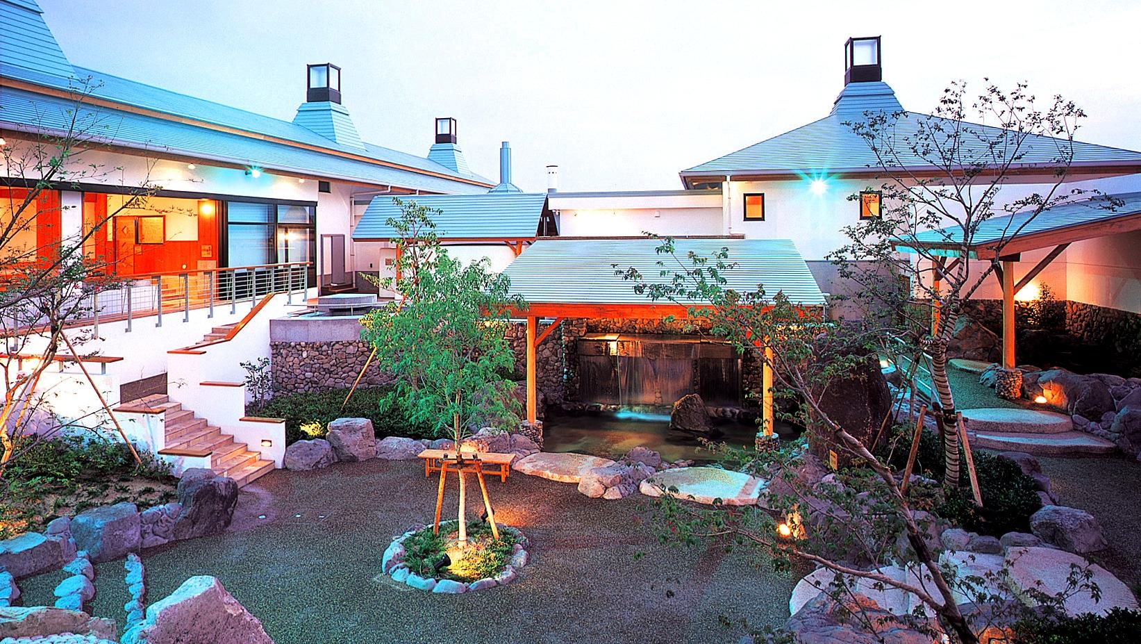 小浜自動車学校の安心、格安、丁寧な予約は運転免許受付センター